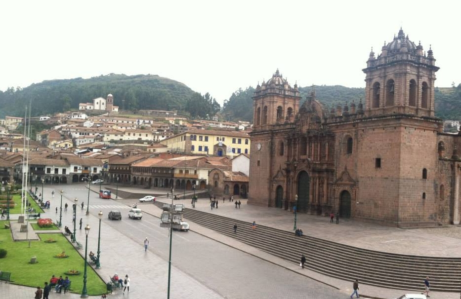 Plaza de Armas and Cusco Cathedral Basilica (right)