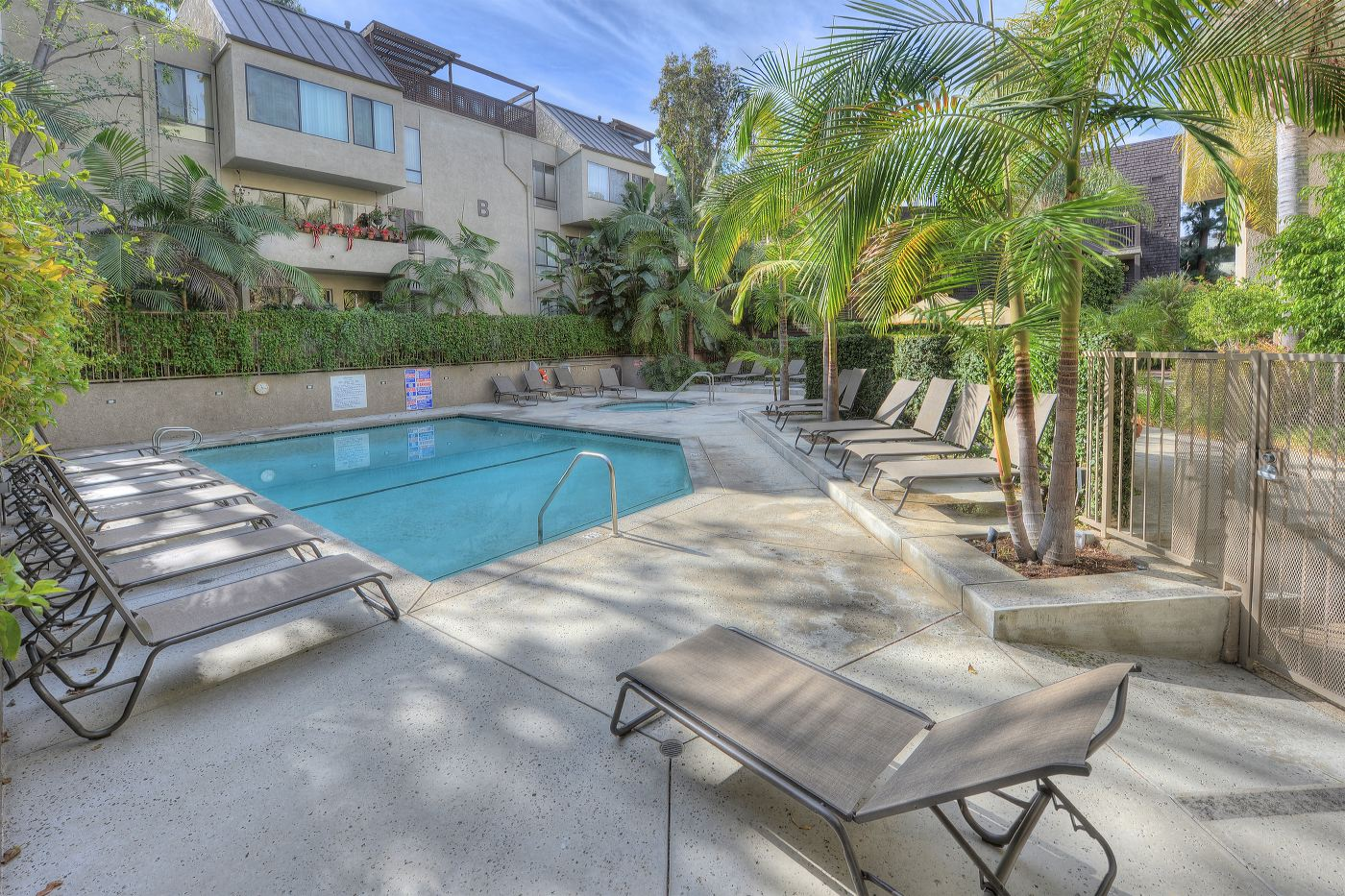 950 N. Kings Rd. #358  $322,500 | SOLD
