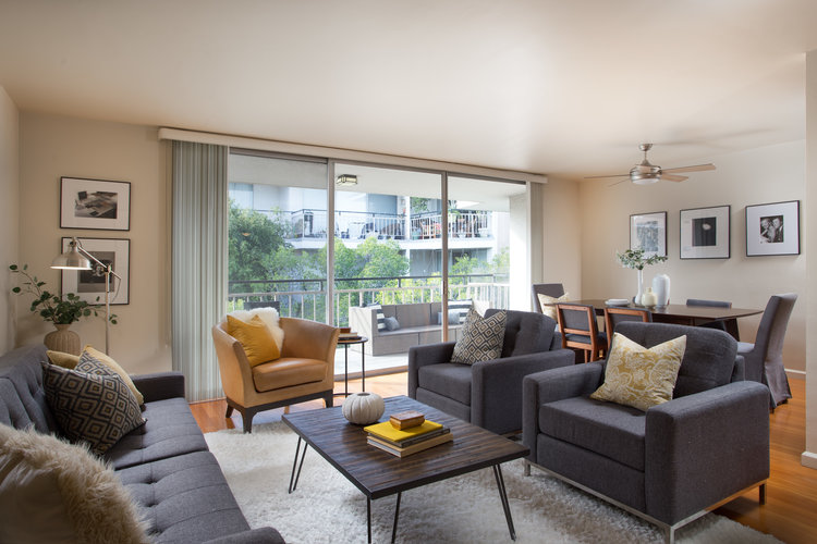7260 Hillside Ave. #305 $499,000 | SOLD