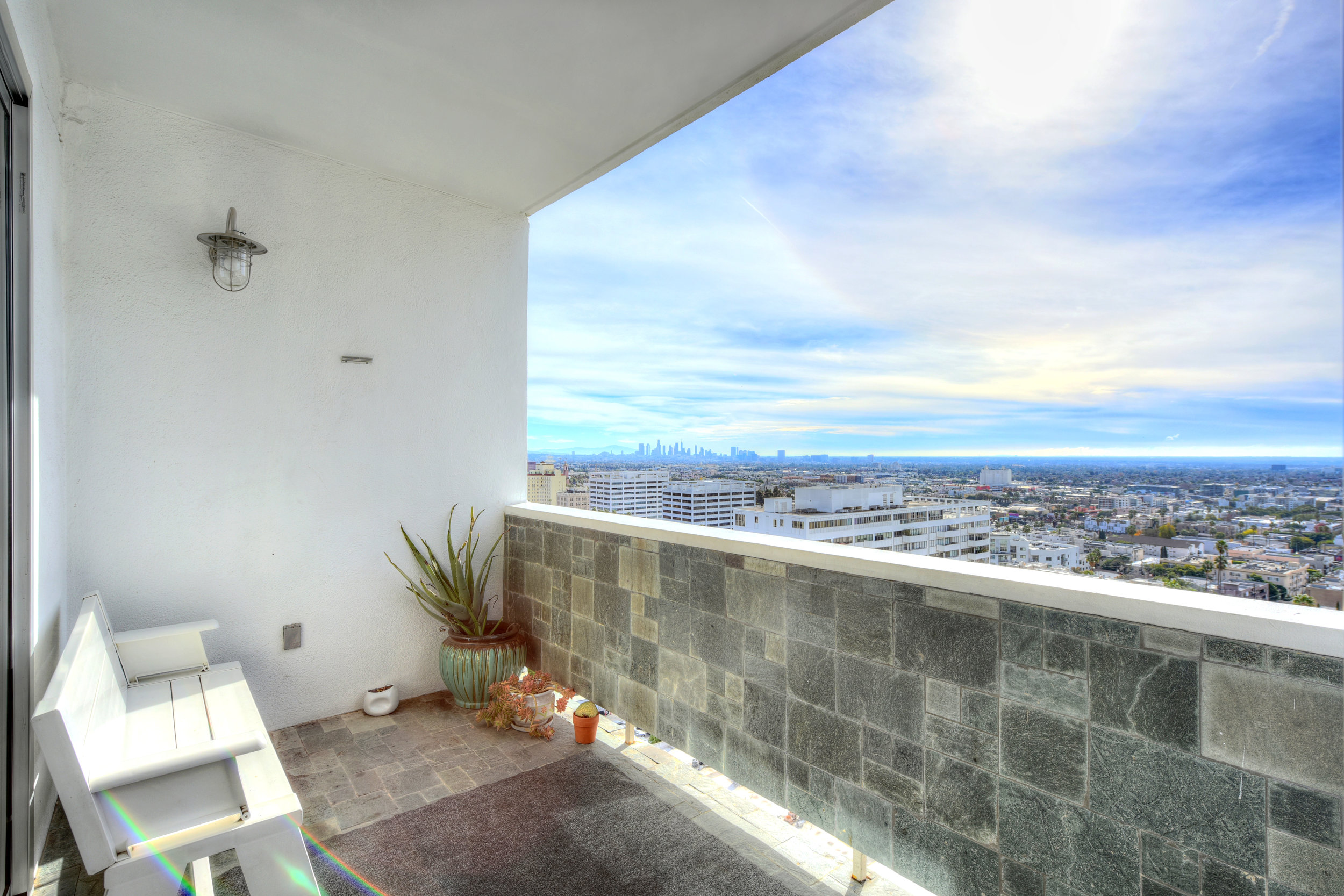7250 Franklin Ave. #PH1404  $4,750/Month Penthouse Lease | LEASED
