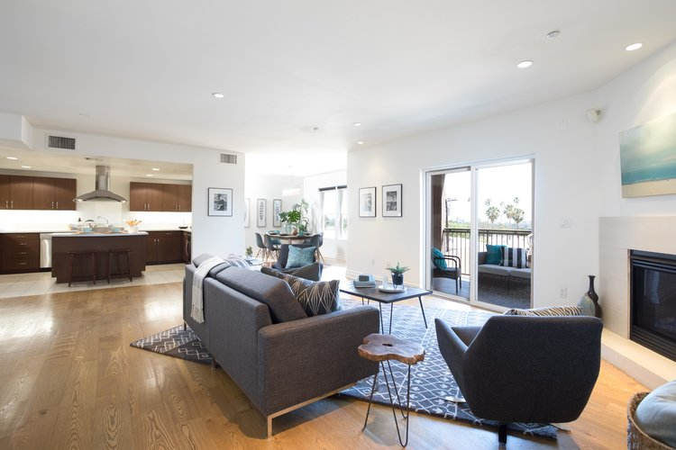 1248 Laurel Ave. #304  $1,070,000 | SOLD