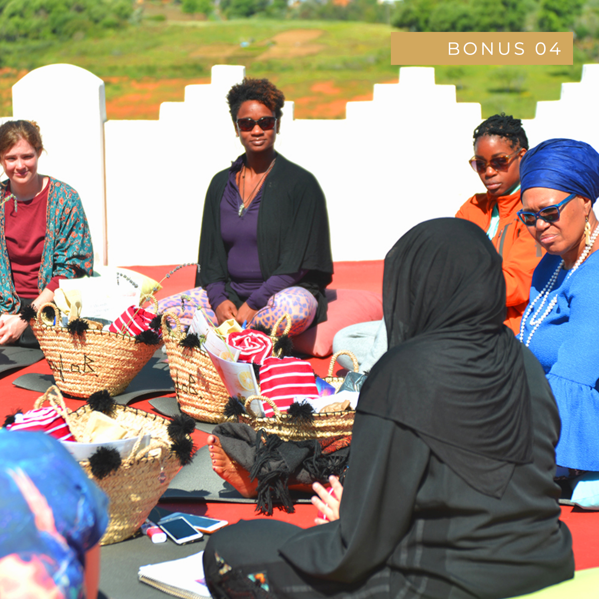 Sisters Circle Discussion - A beautiful pre-recorded video of a discussion between international birth-workers and traditional qablas at our retreat in Morocco. Our students love this video.(Value £197)