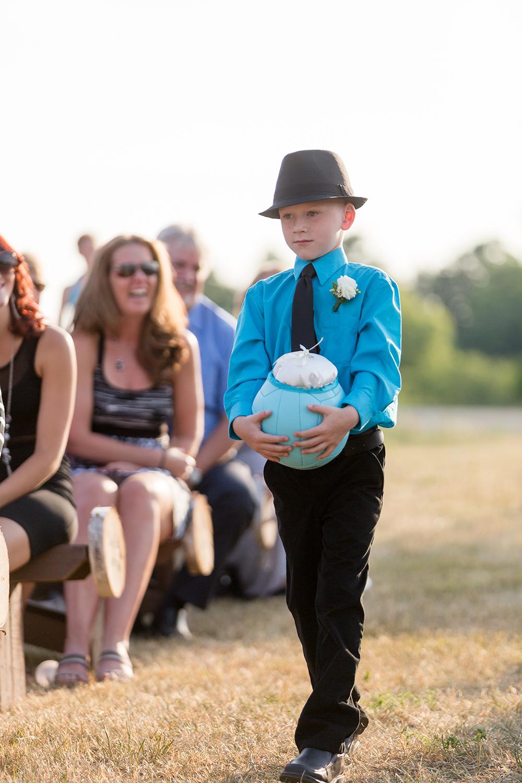 Wedding Photographer Ottawa Canaanlea Farm Wedding 7.jpg