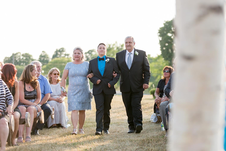 Wedding Photographer Ottawa Canaanlea Farm Wedding 9.jpg