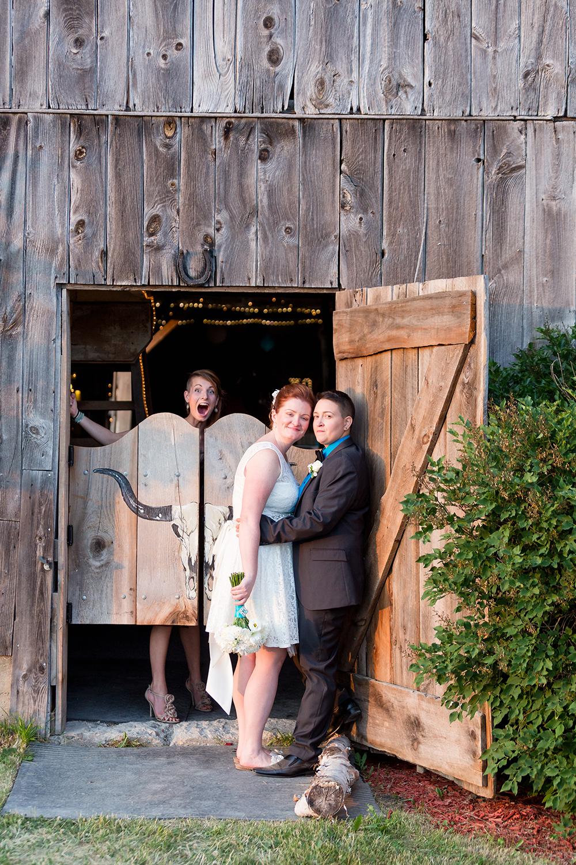 Wedding Photographer Ottawa Canaanlea Farm Wedding 28.jpg