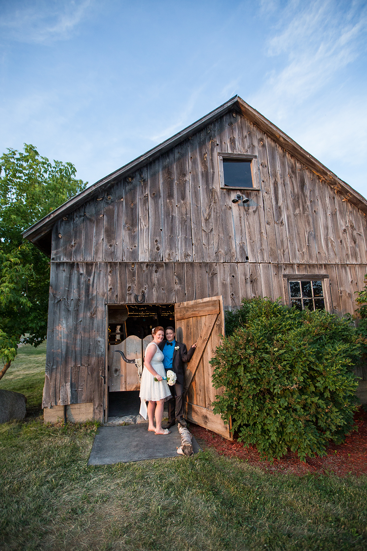 Wedding Photographer Ottawa Canaanlea Farm Wedding 29.jpg