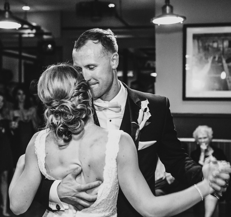 Mill street Pub Ottawa wedding photographer-0817.jpg