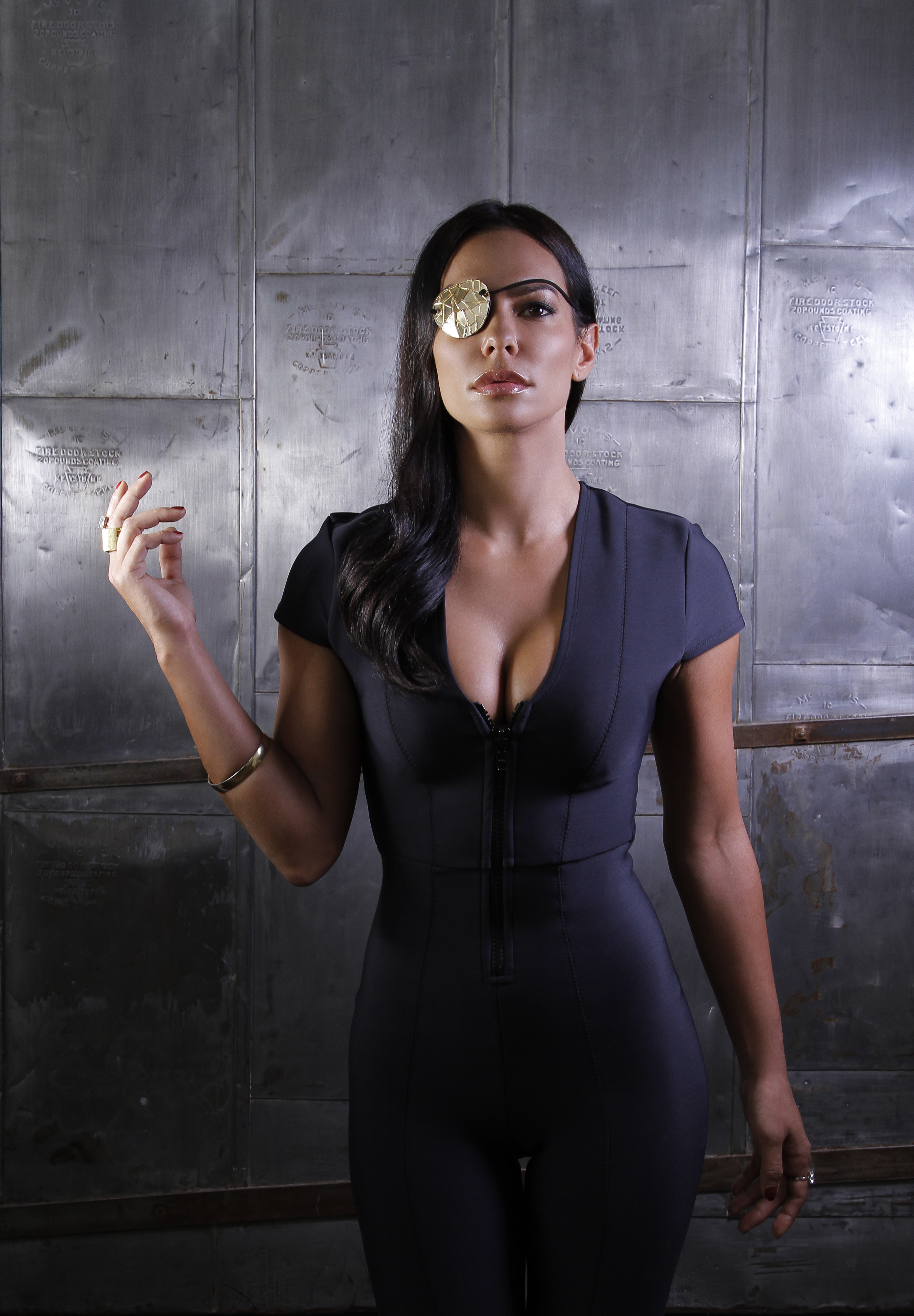 P: Cynthia Cortes M: Scarlett de la Torre