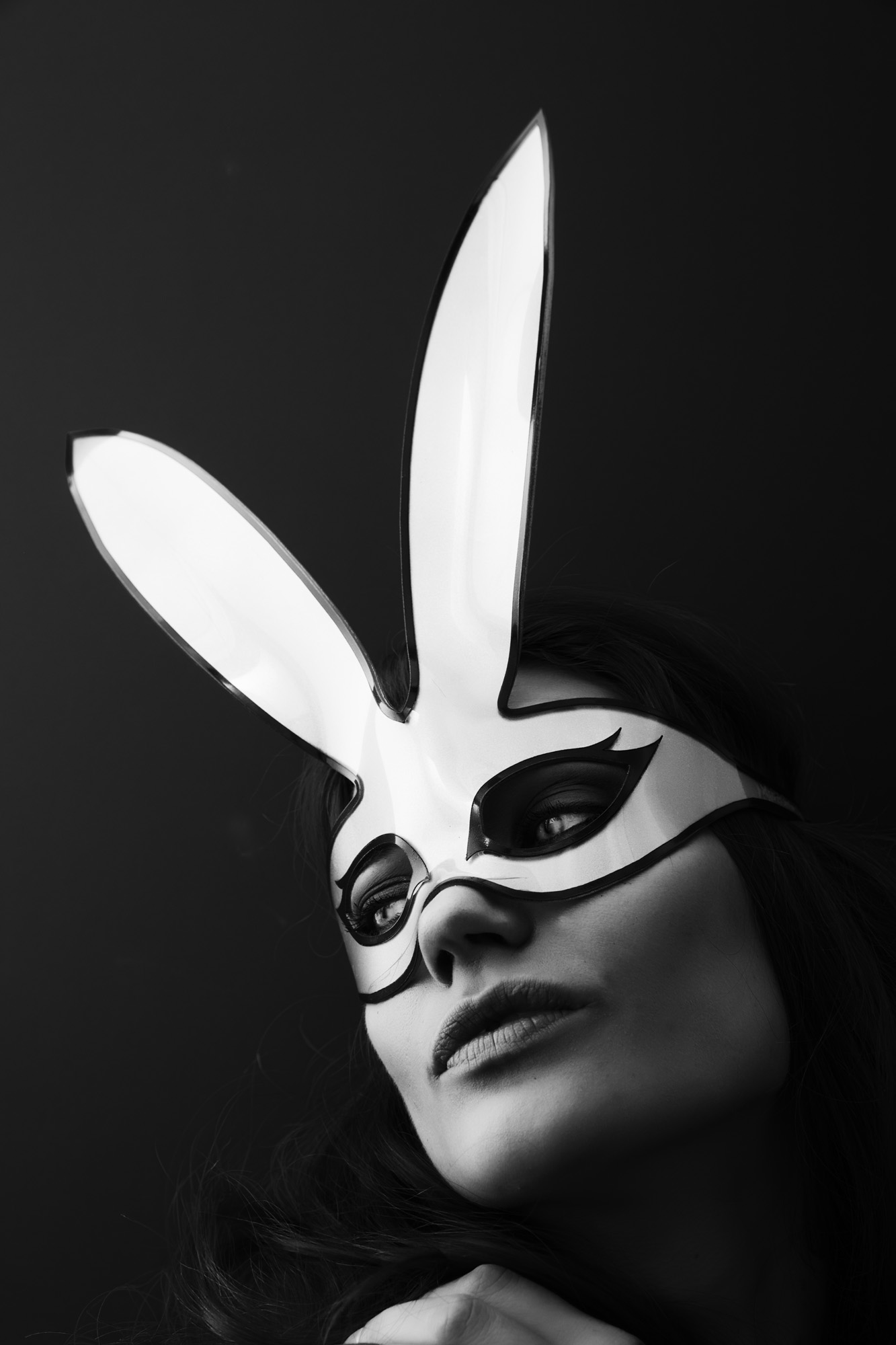Bunny Mask - White/Black Edge