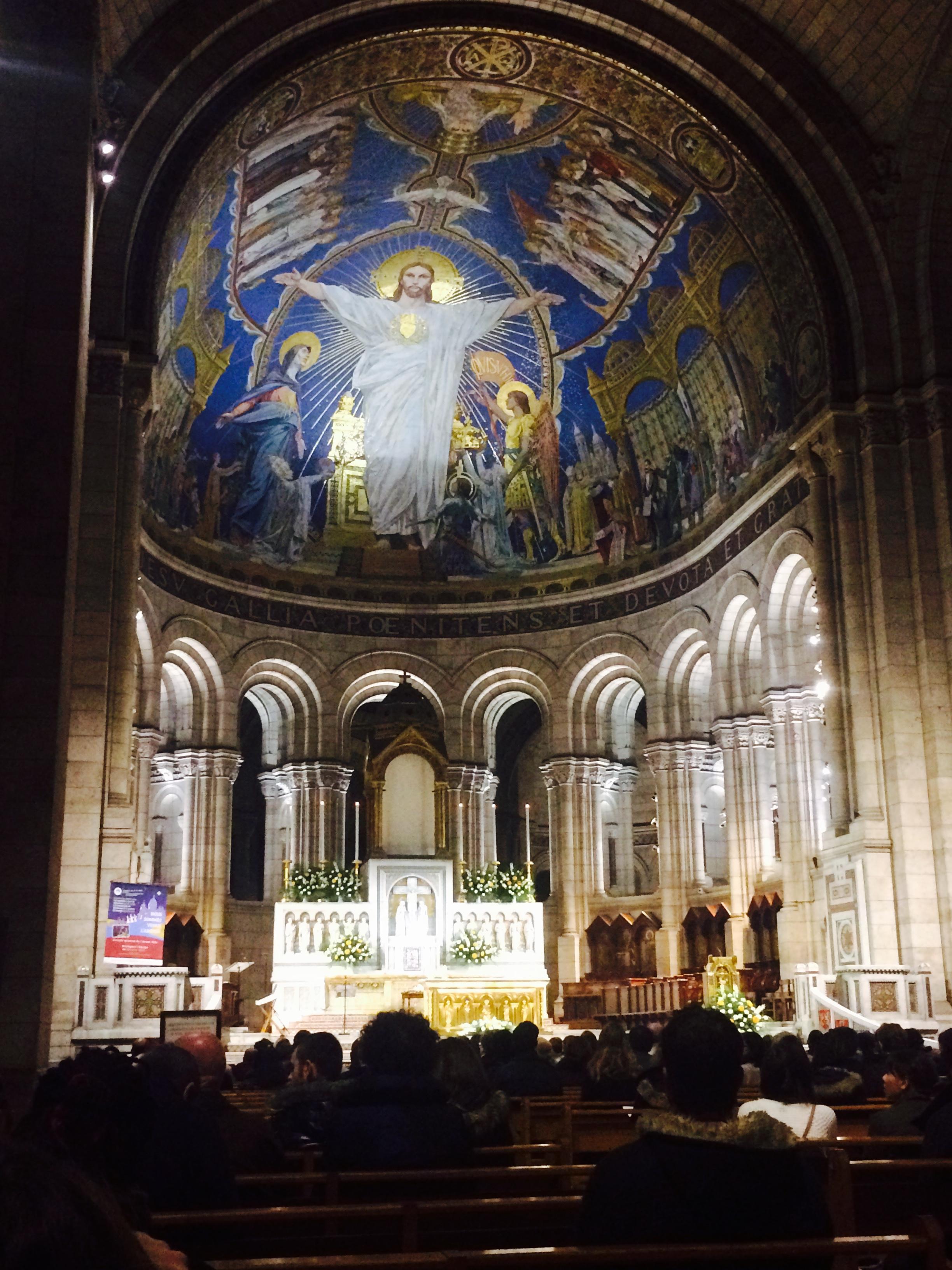 Snuck a snap insideLa Basilique du Sacre Coeur du Montmartre