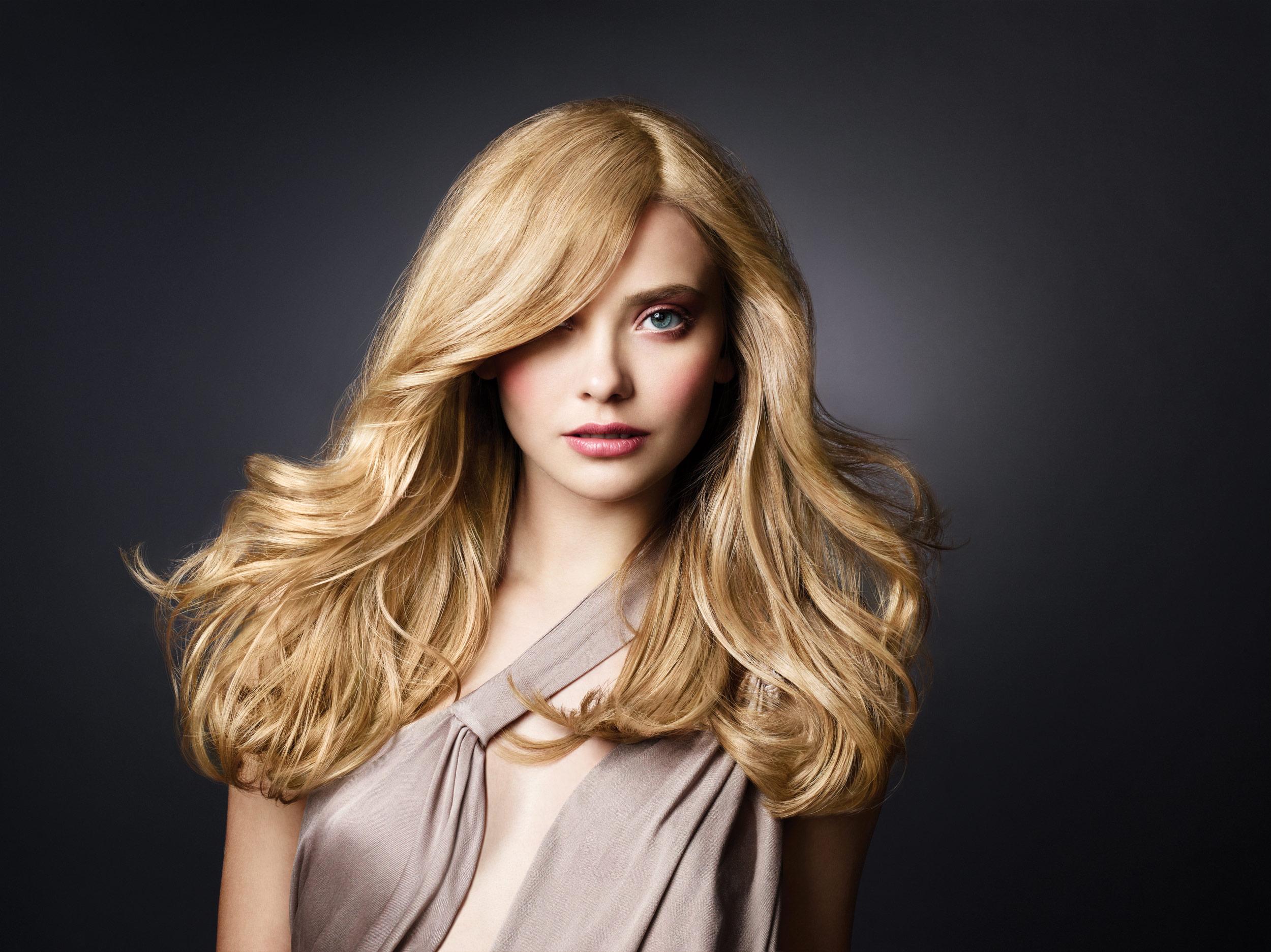 Mar13Model-Blonde_hq.jpg