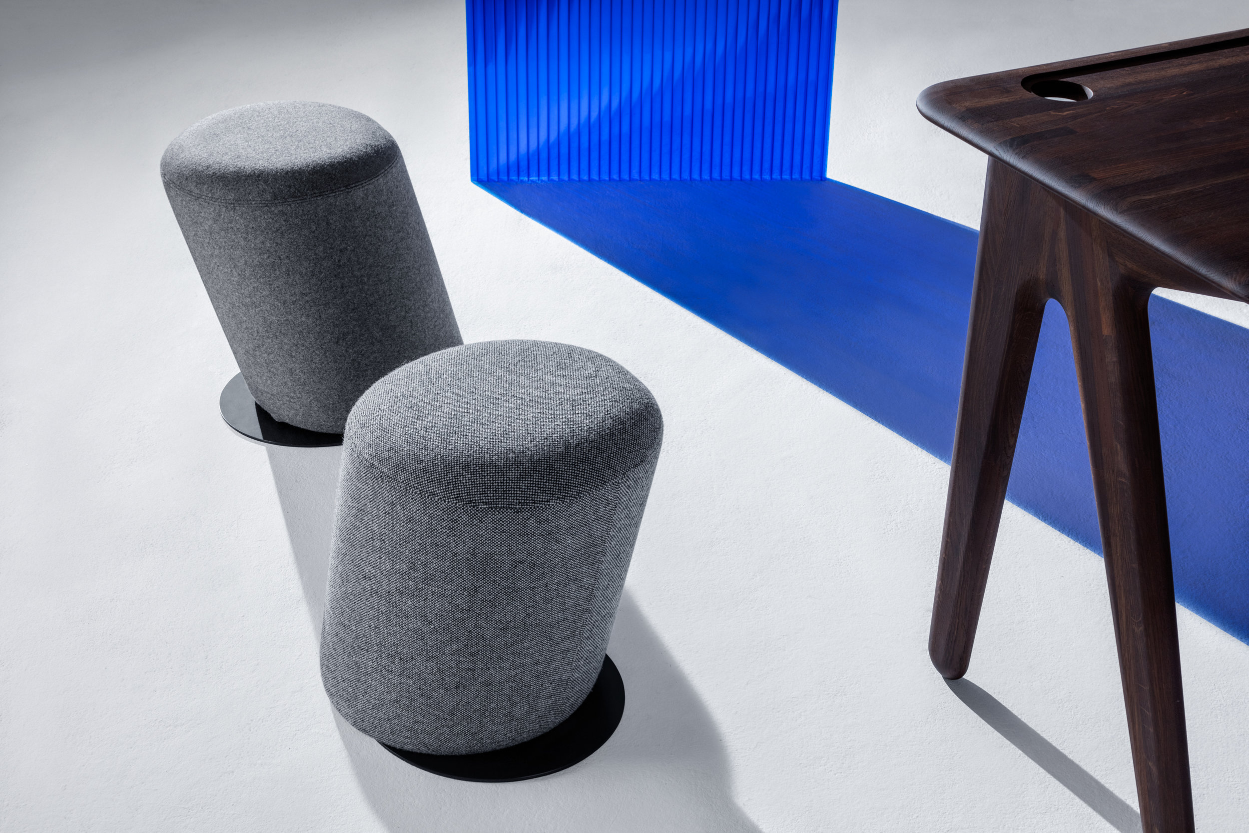 Slant stool