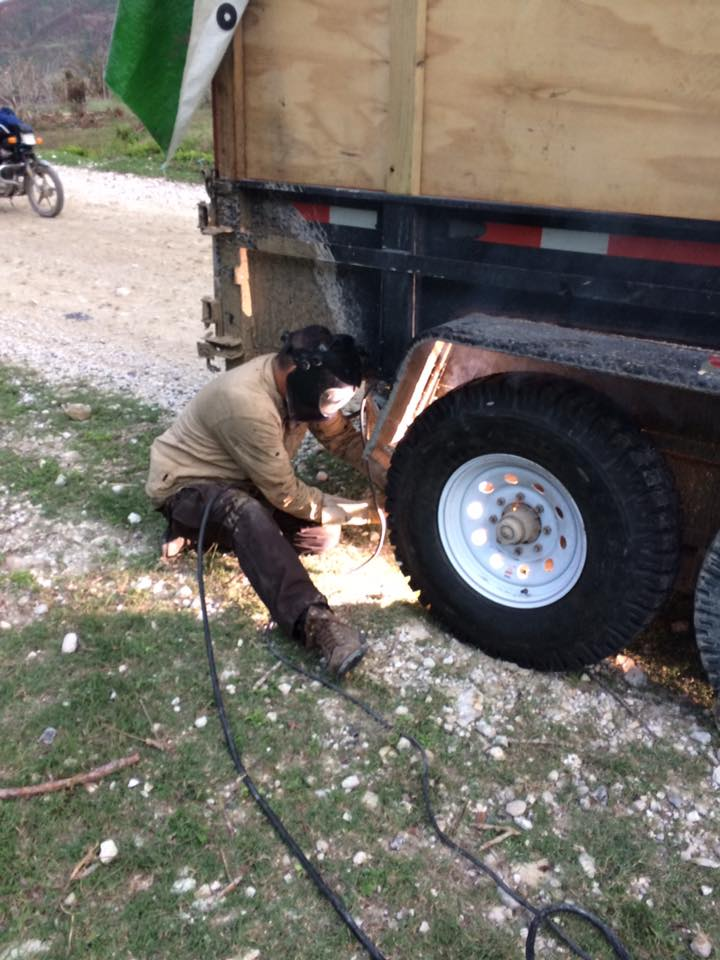 Eric welding the trailer