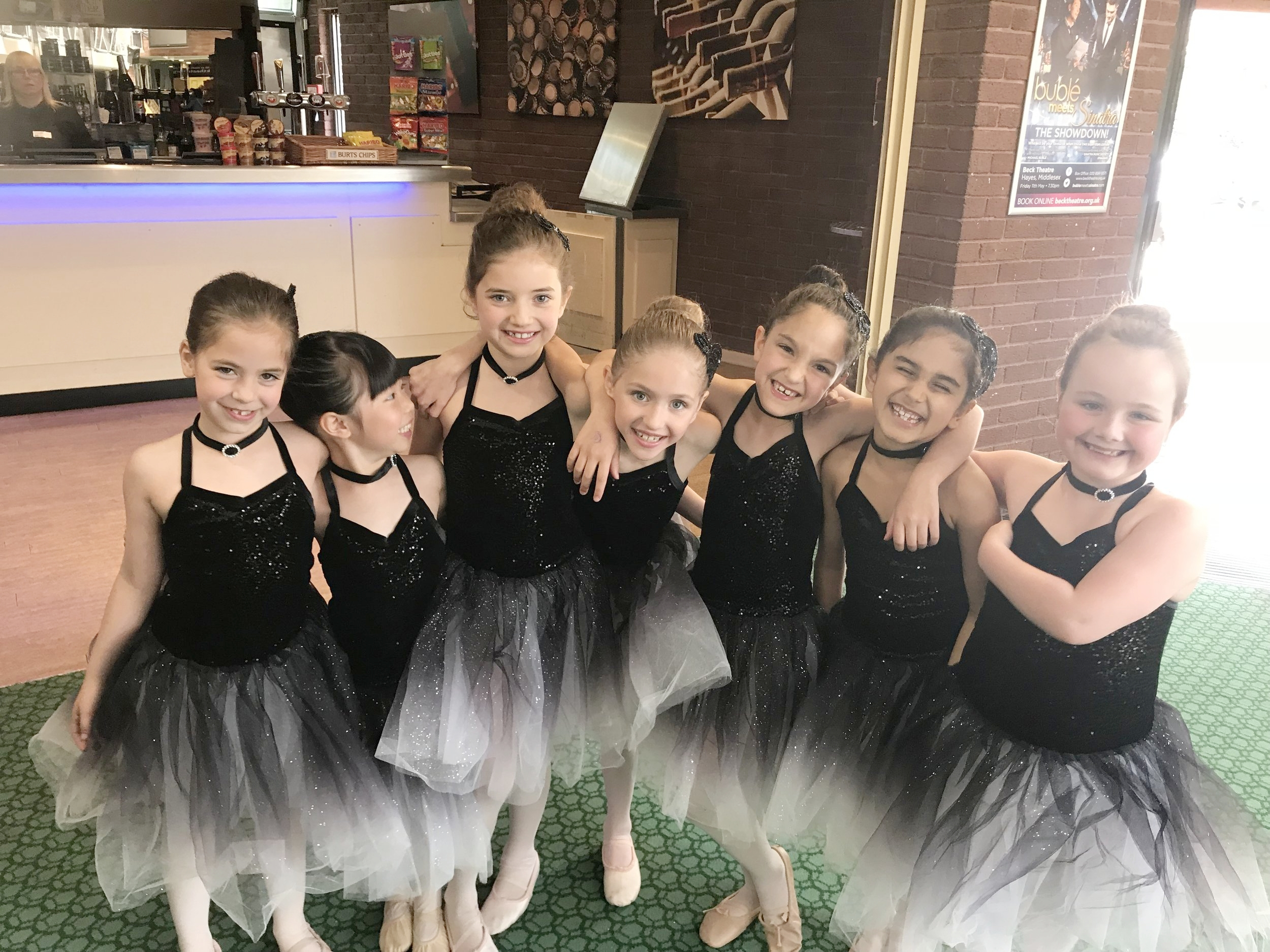 Ballet with Maida Vale Ballet School - This classprepares our students for Grate 1 exam at theRoyal Academy of Dance.OFFERED: Saturday 10:15 - 11:00.SIGN UP:You can trial the class for £12.90 click here.INSTRUCTOR: Alex