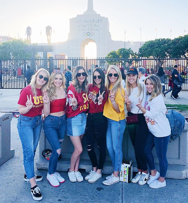 Homecoming ❤️💛 #fighton ✌🏼