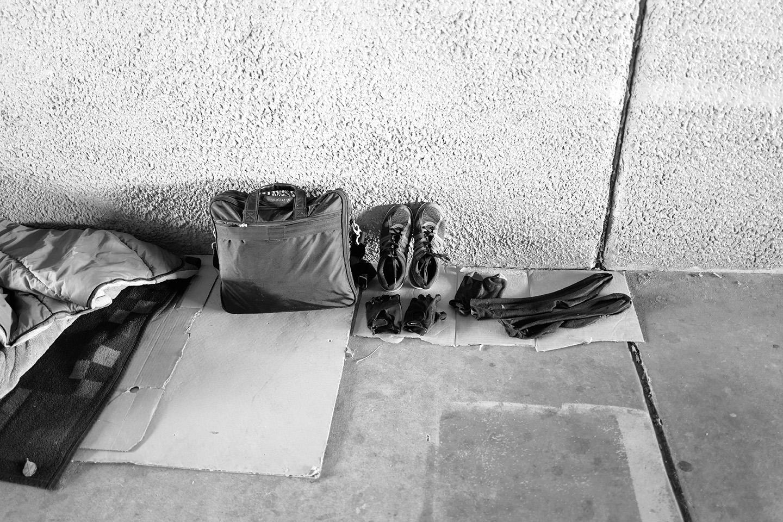 ShoeAgainstWallSD764.jpg