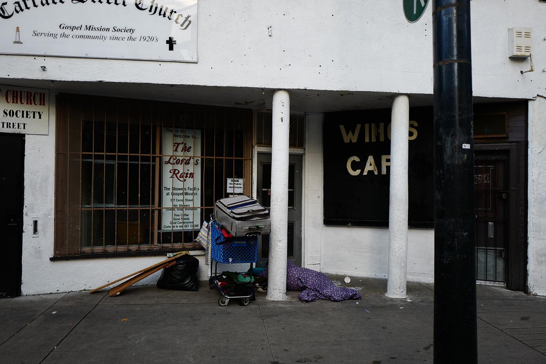 WIngsCafeBC139.jpg