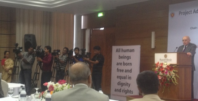 The head of the Justice Audit, Johann Kriegler, presenting the Justice Audit in Dhaka today.