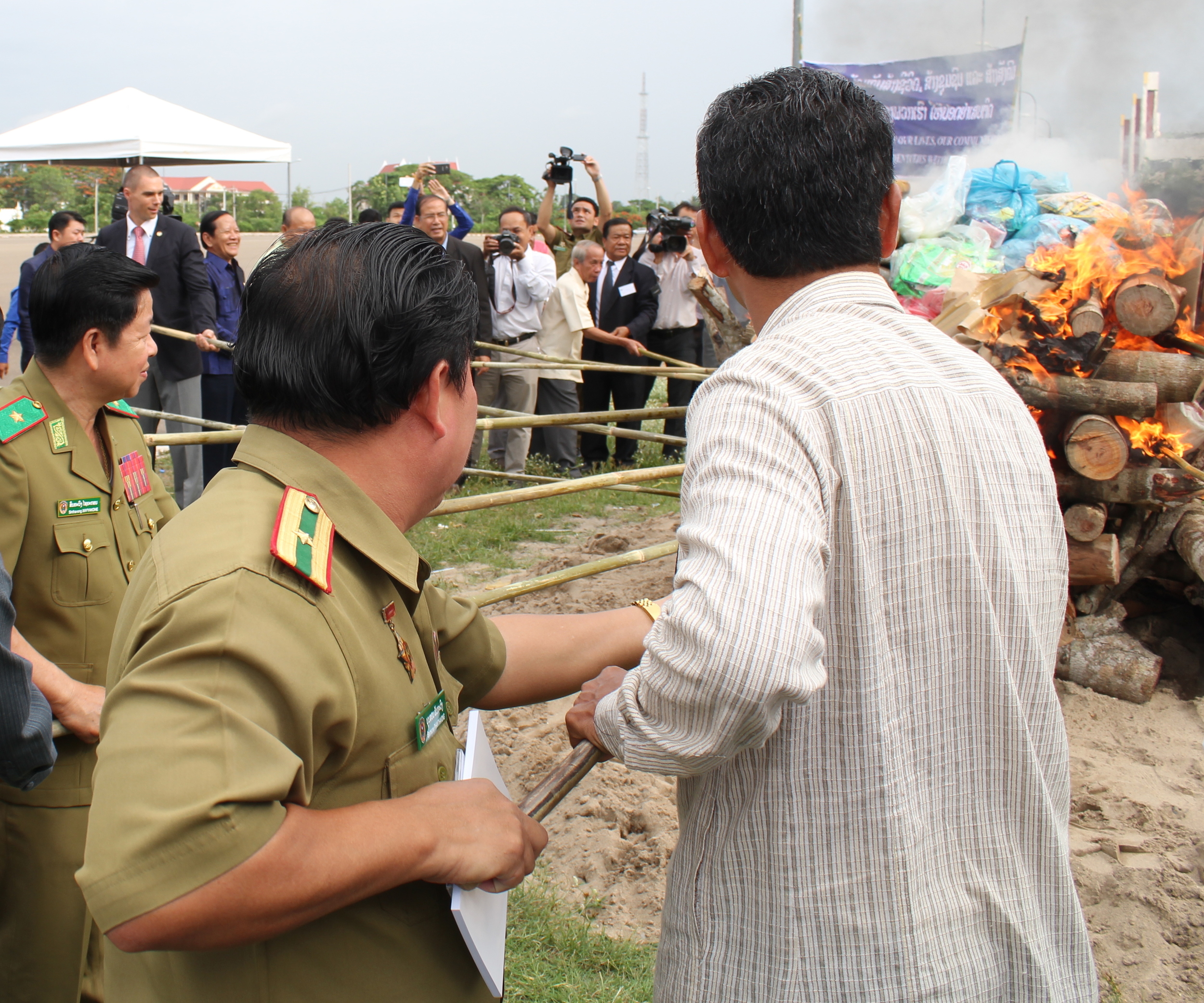 GJG co-director, Marcus Baltzer, takes part in the ceremony to mark the international day against drug abuse and illicit trafficking in Vientiane. Photo: UNODC