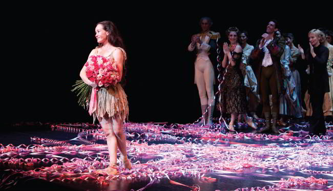 IMAGE: LUCINDA DUNN's fAREWELl performance of manon