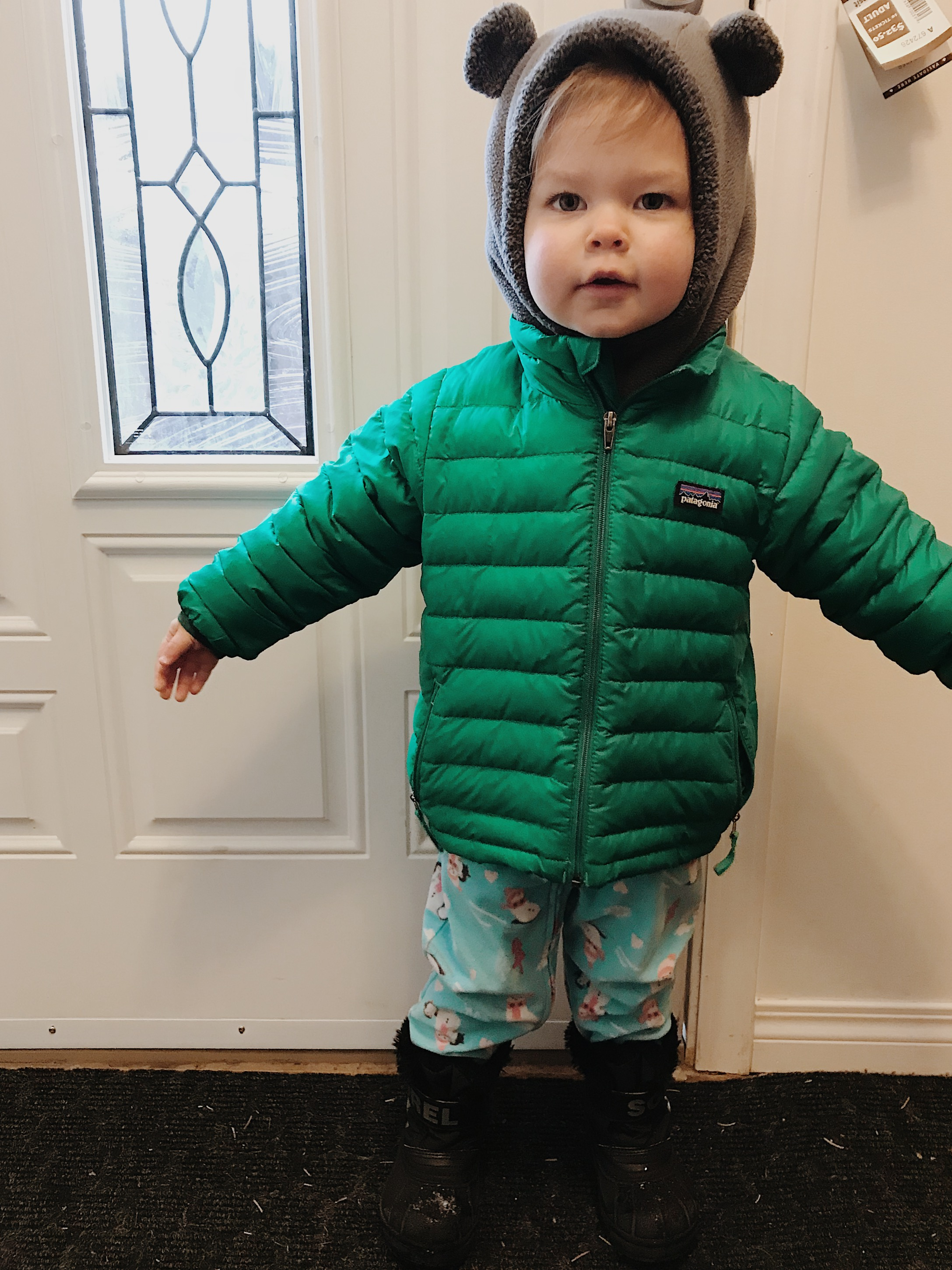"Finally got a solution for the ""what coat can she wear in a cold carseat??"" dilemma.  Thanks kijiji!"