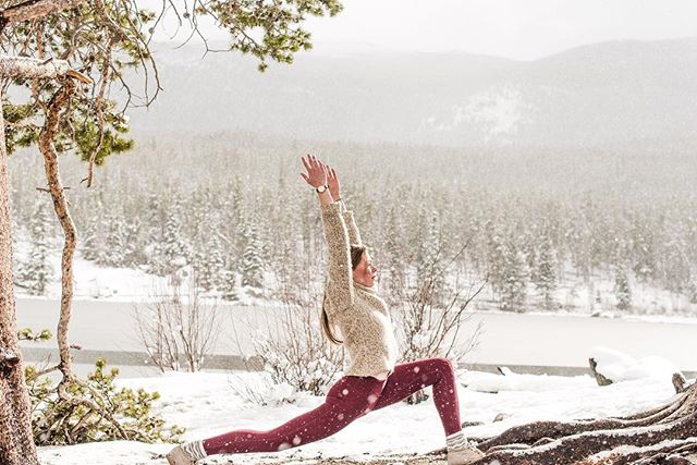 Just a few days now before I'll be in Colorado and adventuring around in the mountains and snow. . . . #yoga #yogapractice #yogajourney #yogaflow #denveryoga #igyogafam #yogaphotography #coloradophotography #coloradophotographer #rmnp #rockymountainnationalpark #igco #momentsovermountains #colorado #coloradoyoga #coloradoyogi #wanderingphotographers #estespark