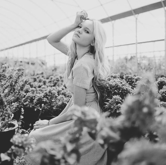 TELL THE BIRDS   | VIDEOGRAPHER |    Breea from  Tell the Birds will be our videographer for the night. She is incredibly talented and filmed our last event in Utah, if you haven't already seen the video, click 'play' below!