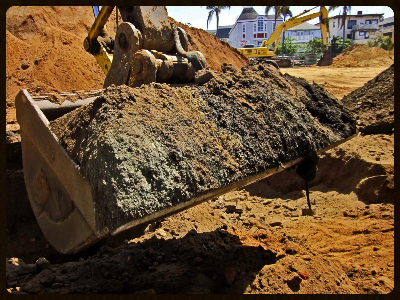 Sharp Excavator bucket.jpg