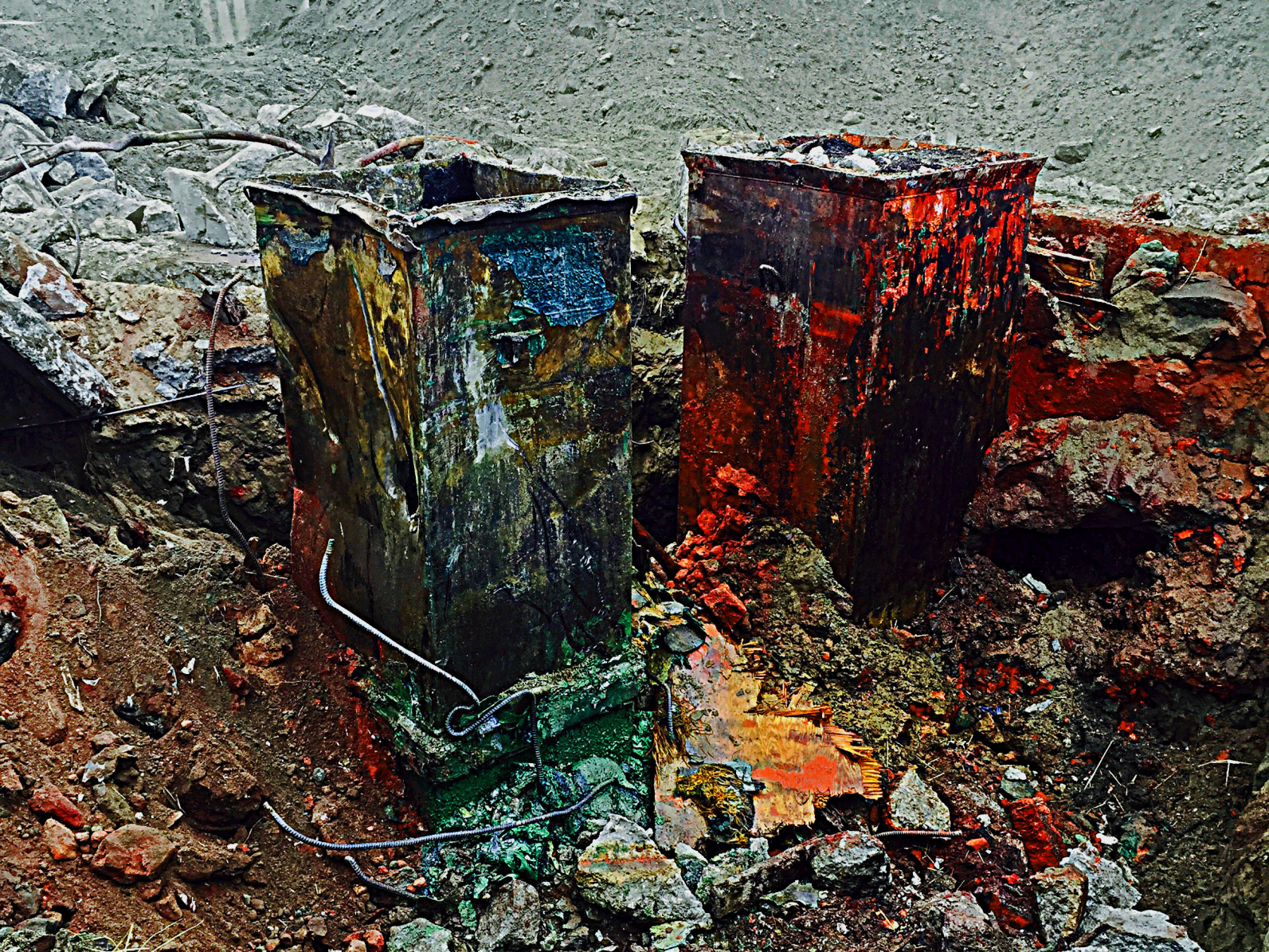 Paint Dipping Tanks Photo Crop.png