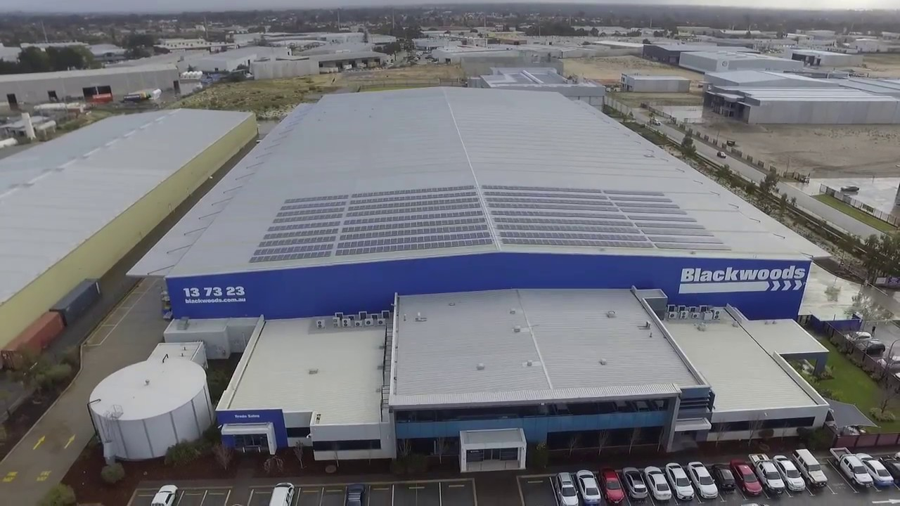 https://www.abc.net.au/news/2016-12-22/wesfarmers-wa-company-switches-to-solar-on-community-investment/8143048