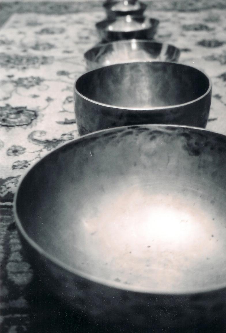 singing_bowls.186102610_std.jpg