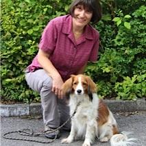 Annegret Batt  Kindergärtnerin, Heilpädagogin, Mutter von drei Kindern, Hundehalterin