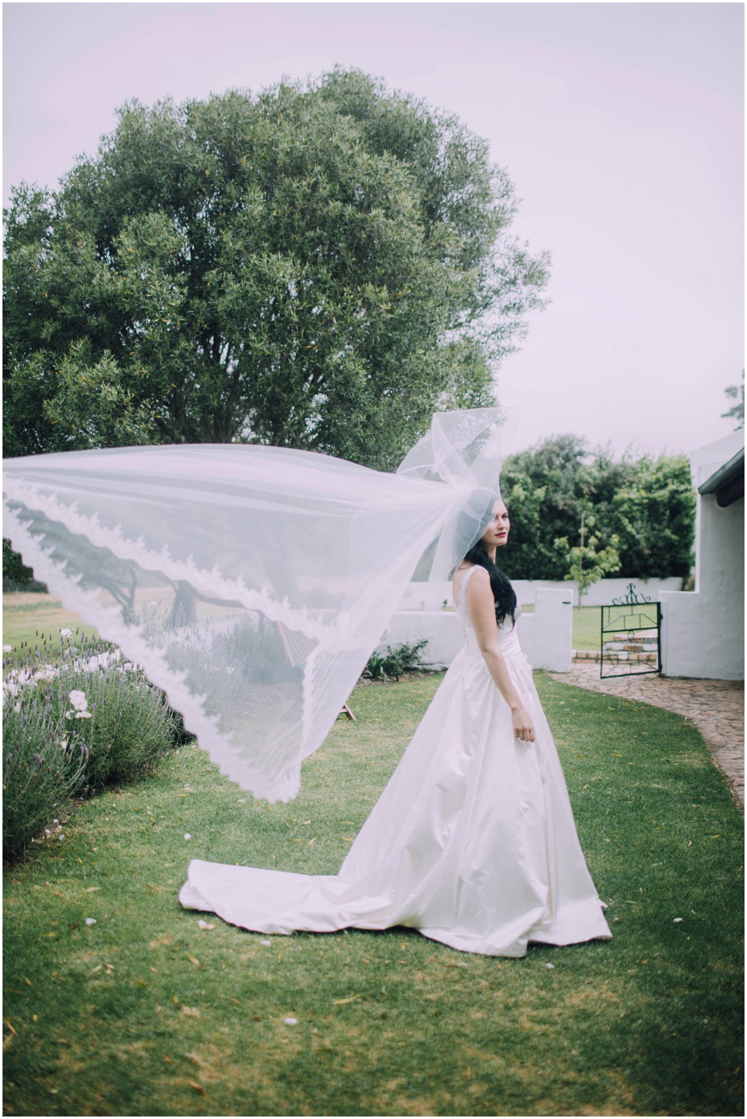 Top Wedding Photographer Cape Town South Africa Artistic Creative Documentary Wedding Photography Rue Kruger_0846.jpg