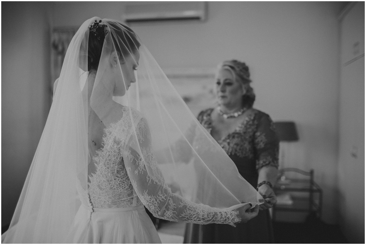 Top Wedding Photographer Cape Town South Africa Artistic Creative Documentary Wedding Photography Rue Kruger_1177.jpg