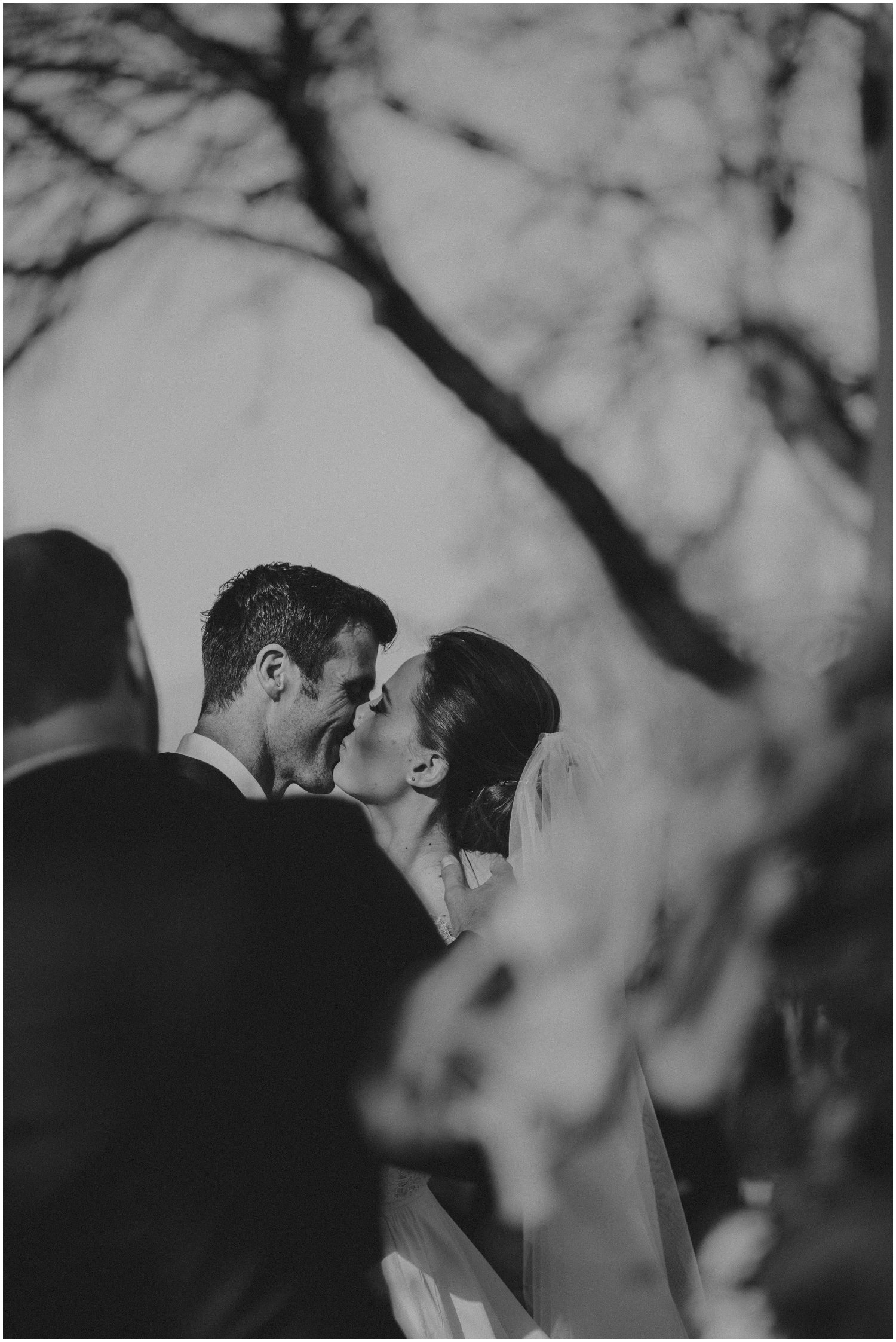 Top Wedding Photographer Cape Town South Africa Artistic Creative Documentary Wedding Photography Rue Kruger_1204.jpg