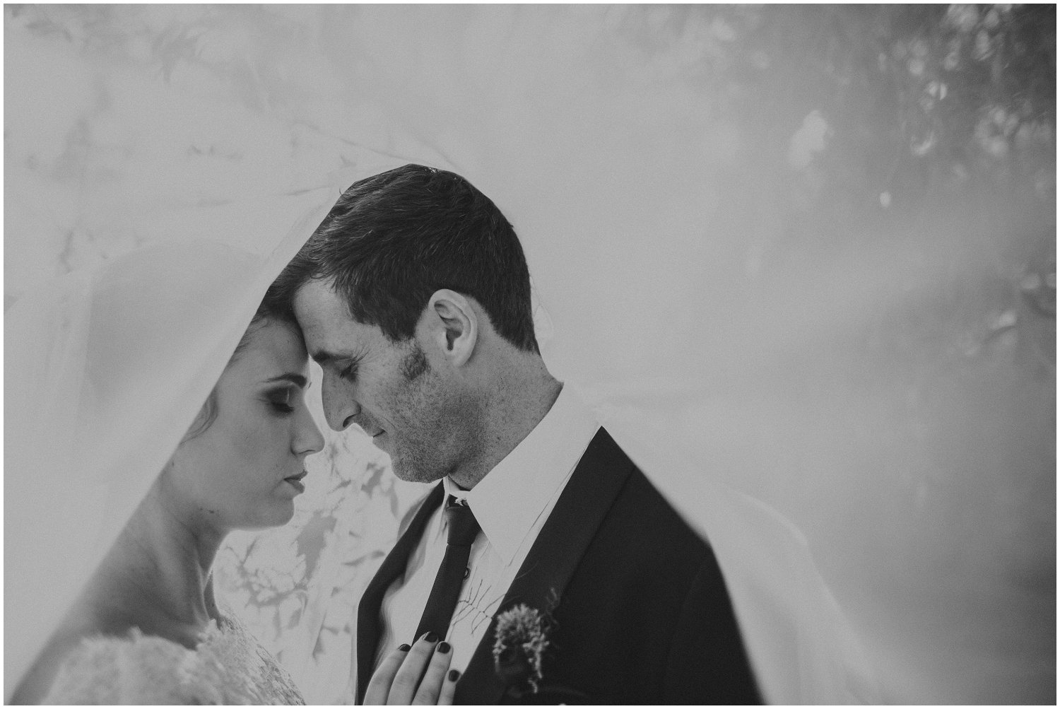 Top Wedding Photographer Cape Town South Africa Artistic Creative Documentary Wedding Photography Rue Kruger_1231.jpg