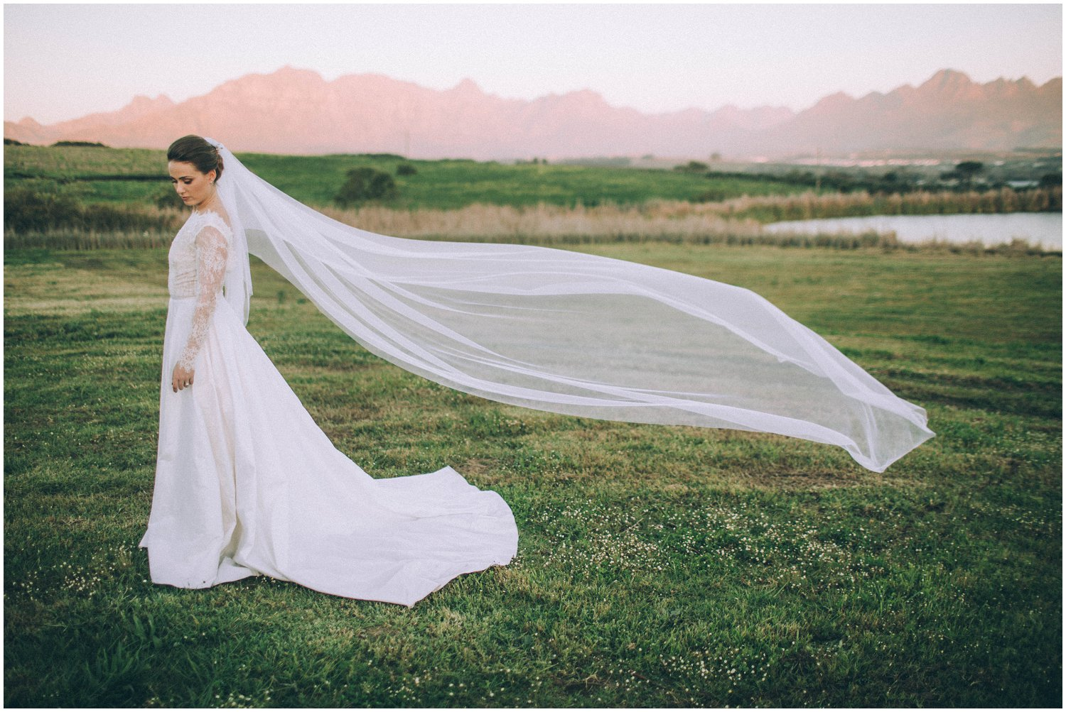 Top Wedding Photographer Cape Town South Africa Artistic Creative Documentary Wedding Photography Rue Kruger_1238.jpg
