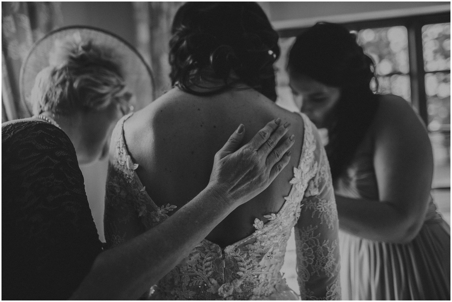 Top Wedding Photographer Cape Town South Africa Artistic Creative Documentary Wedding Photography Rue Kruger_1323.jpg