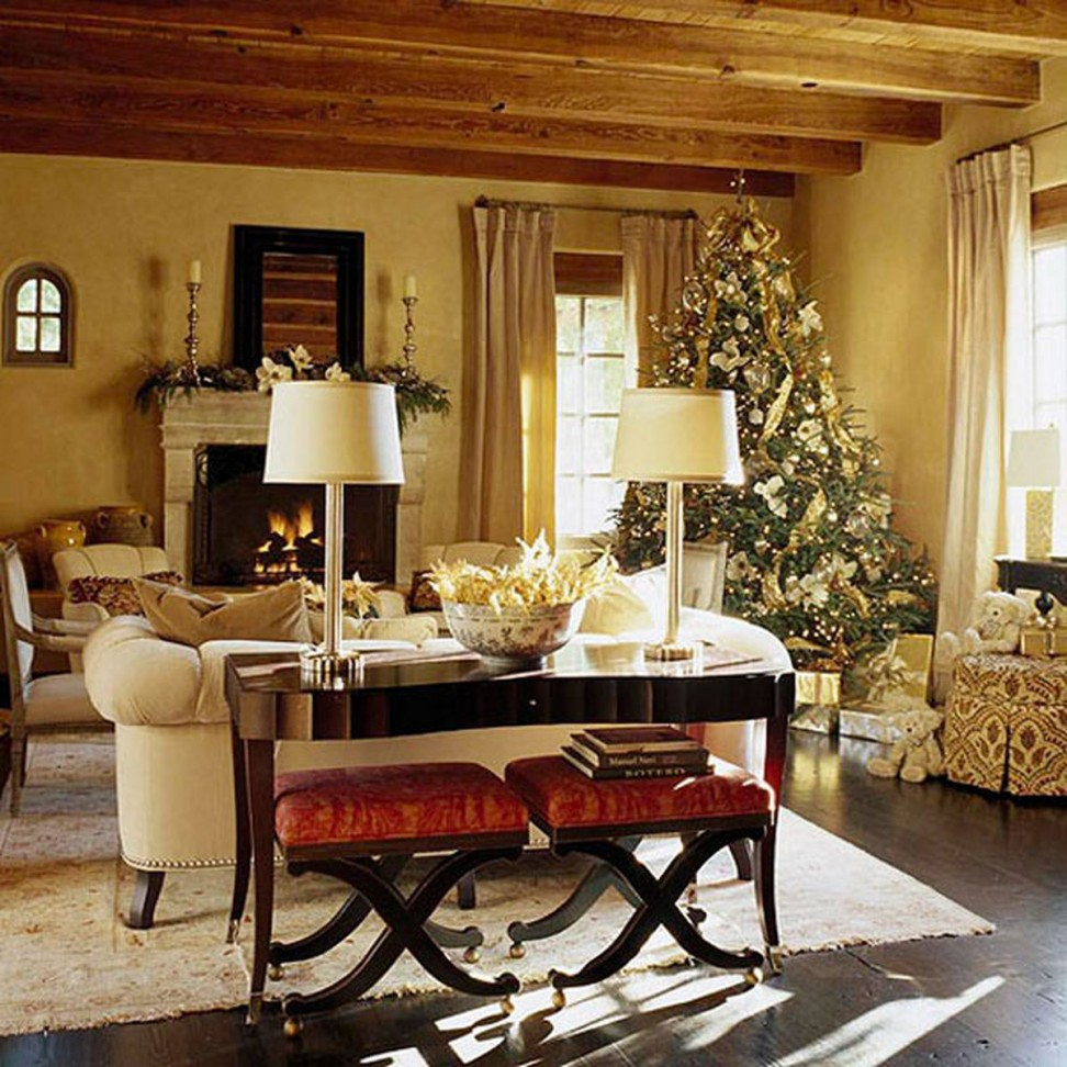 interior-exotic-vintage-white-living-room-interior-design-with-sweet-lovely-christmas-decor-extravagant-room-christmas-decorations-972x972.jpg