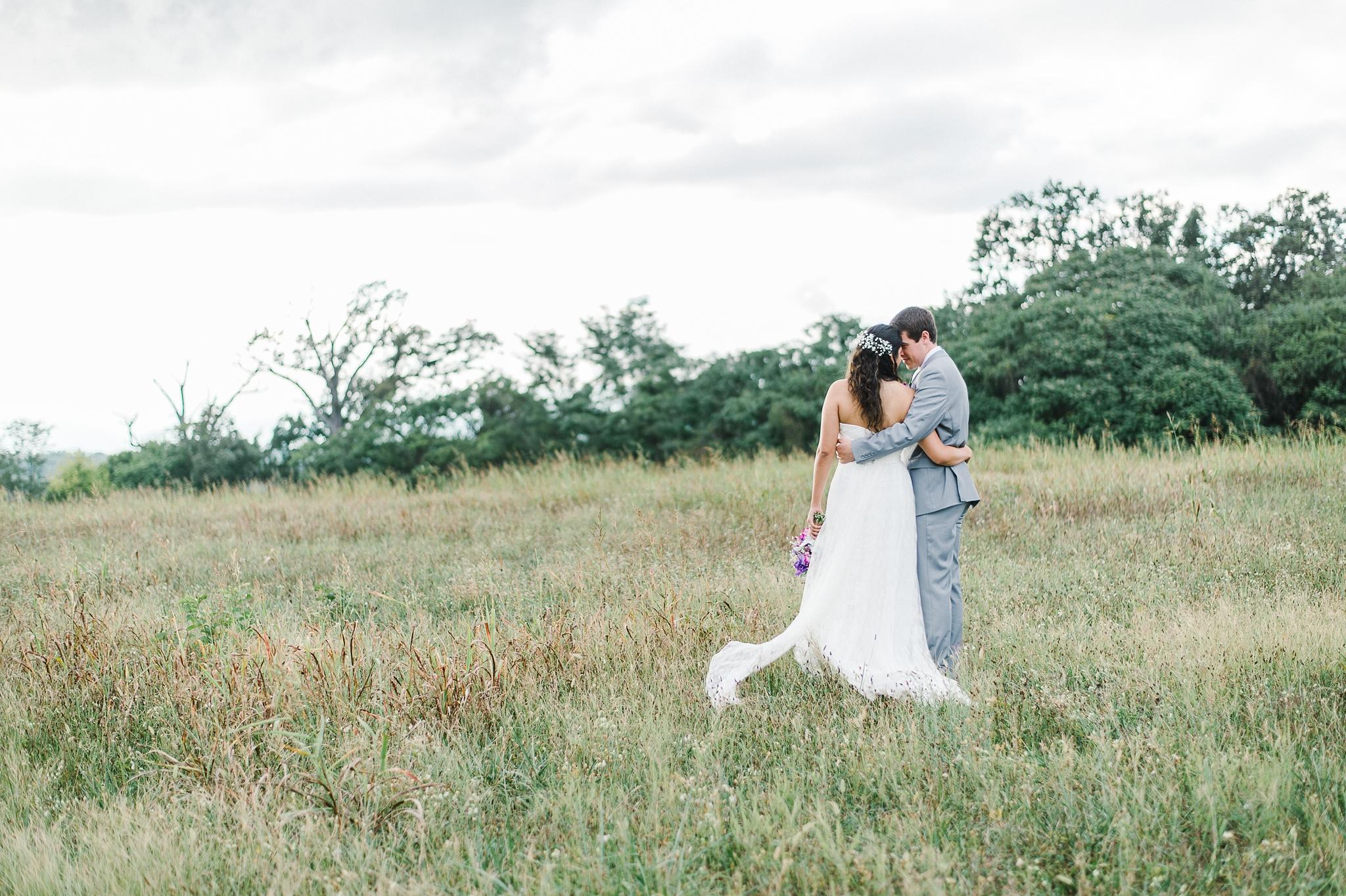 charlottesville wedding photographer charlottesville backyard wedding-147