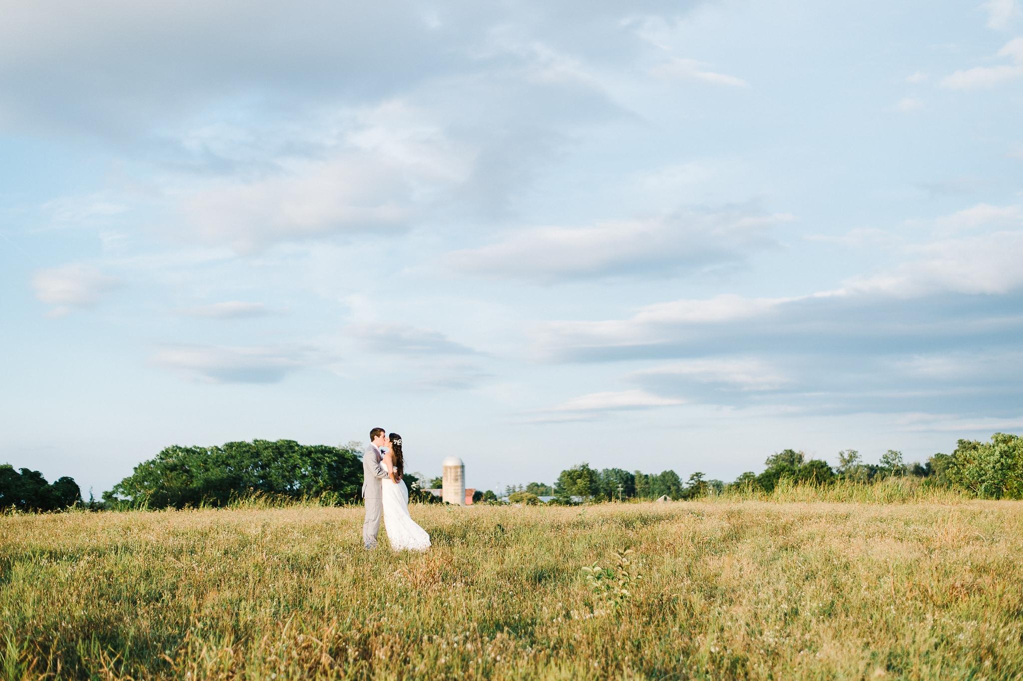 charlottesville wedding photographer charlottesville backyard wedding-195