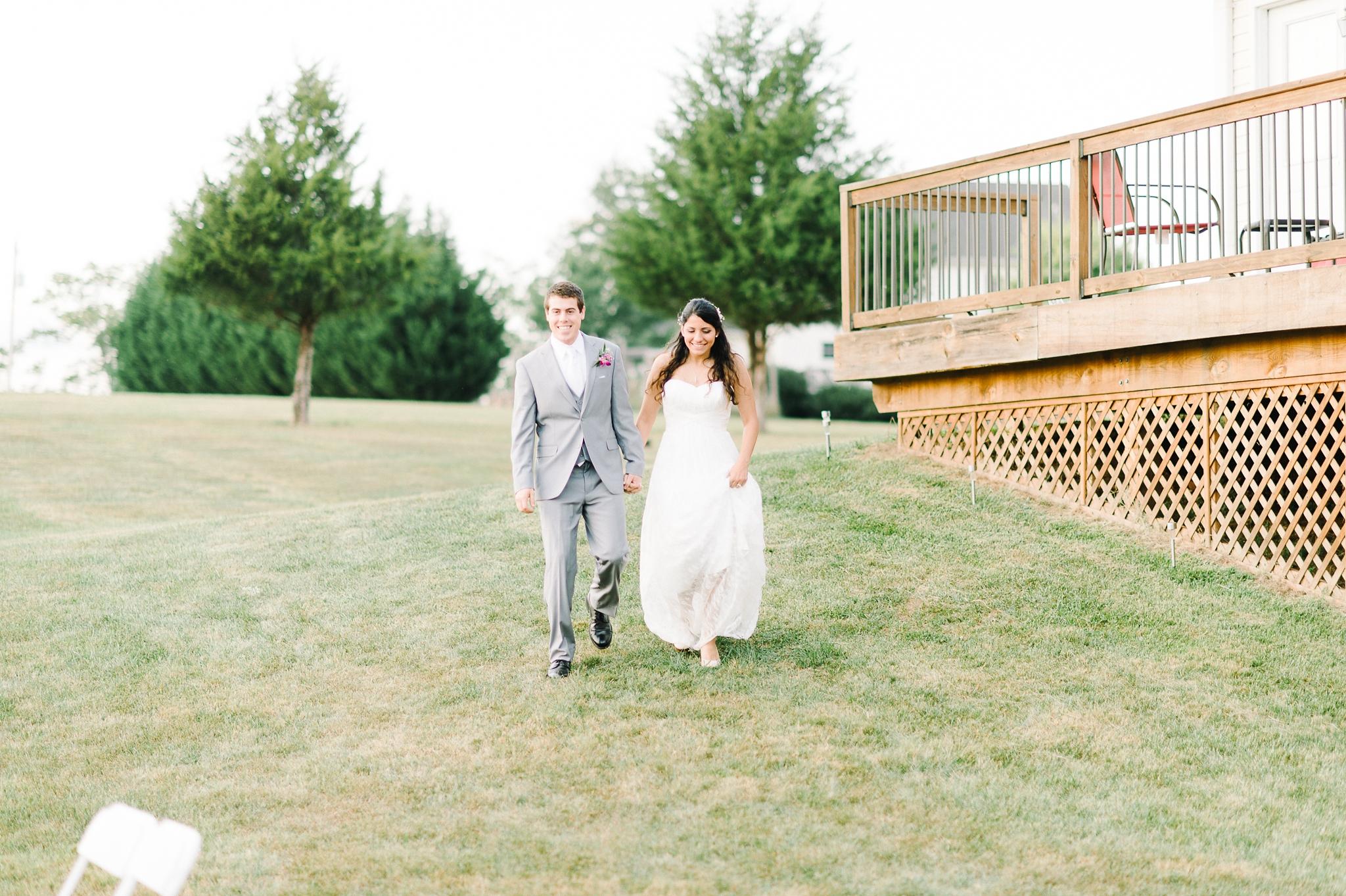 charlottesville wedding photographer charlottesville backyard wedding-221