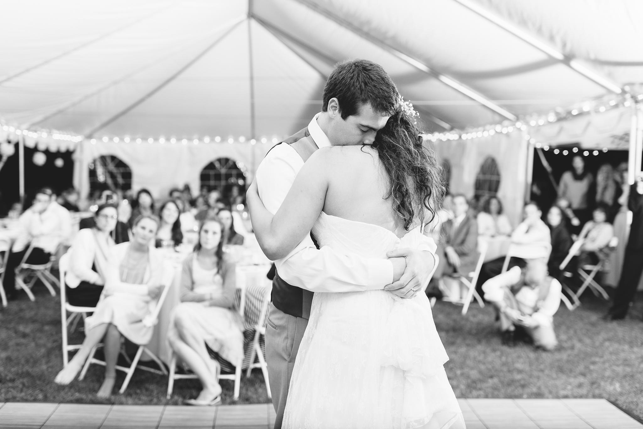 charlottesville wedding photographer charlottesville backyard wedding-251