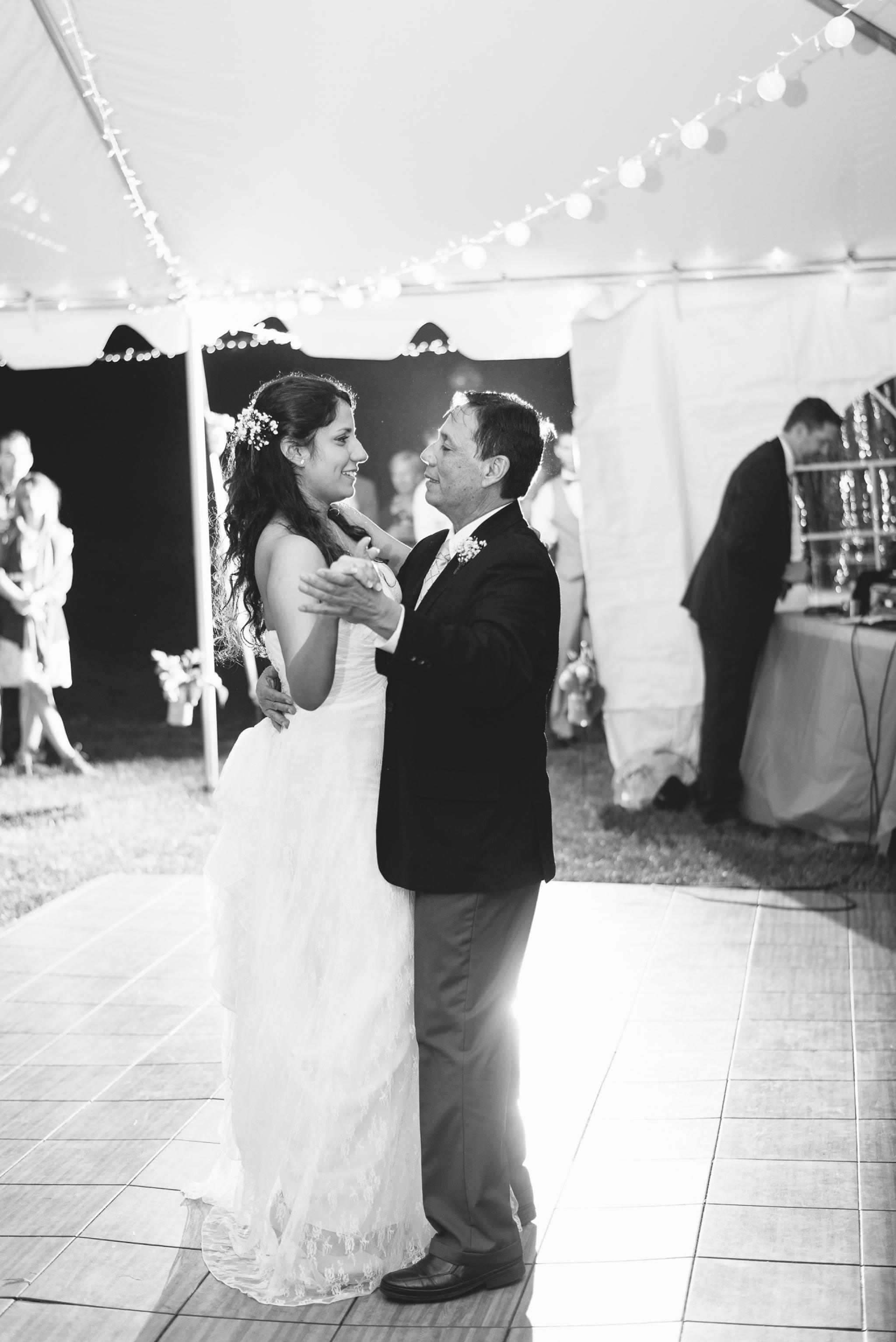 charlottesville wedding photographer charlottesville backyard wedding-255