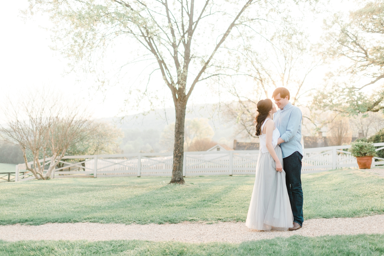 ash_lawn_charlottesville_couples_portraits_0007.jpg