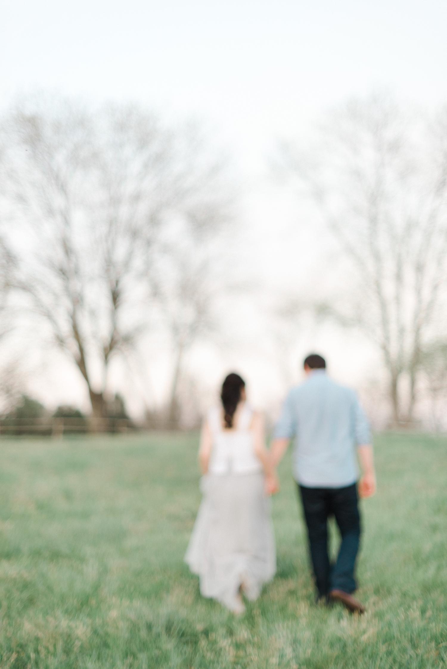 ash_lawn_charlottesville_couples_portraits_0024.jpg