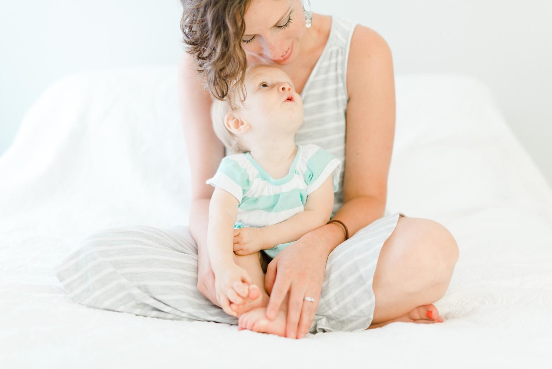 charlottesville_virginia_motherhood_family_photographer_0026.jpg