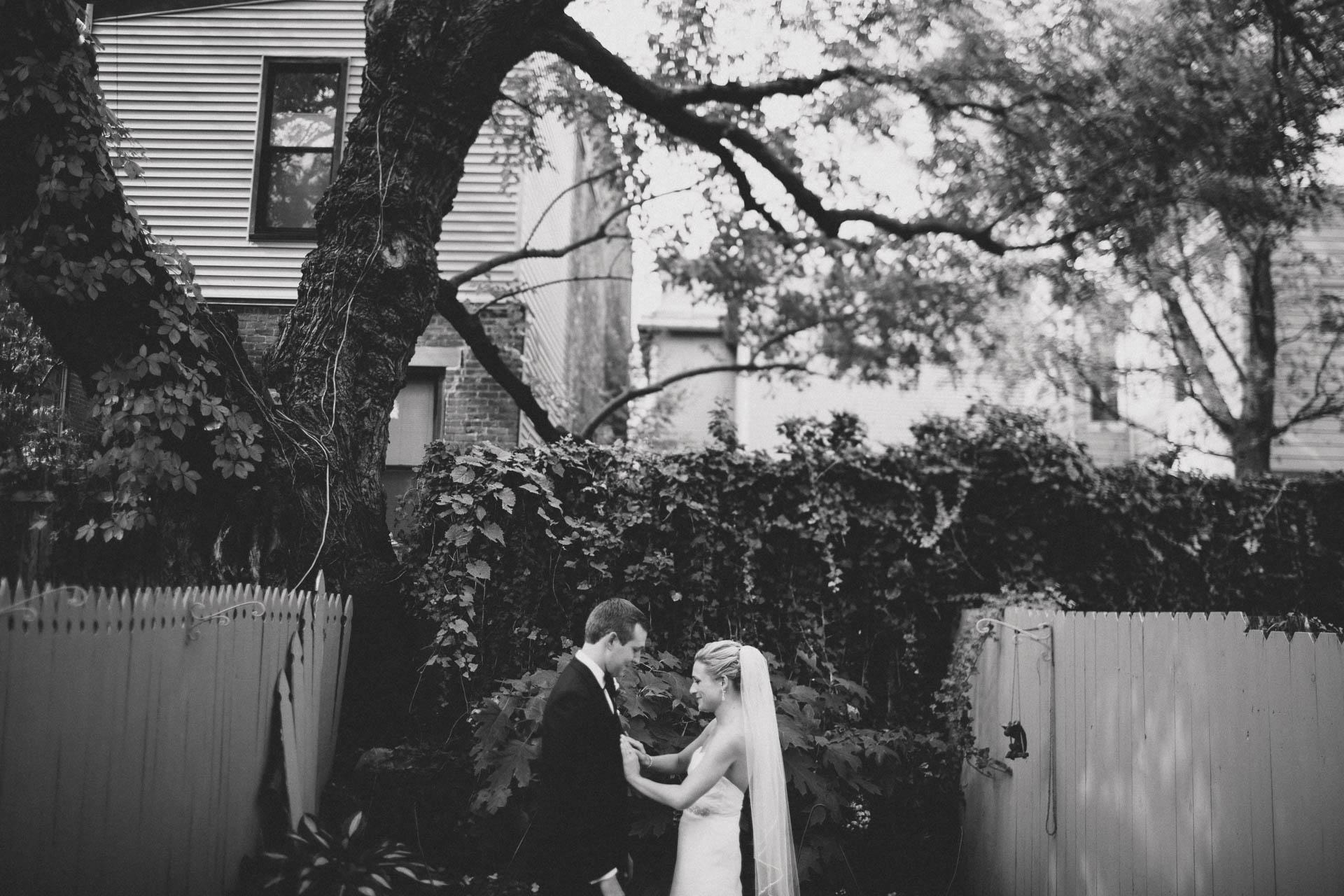 EC-Modern-Cincinnati-Wedding-050@2x.jpg