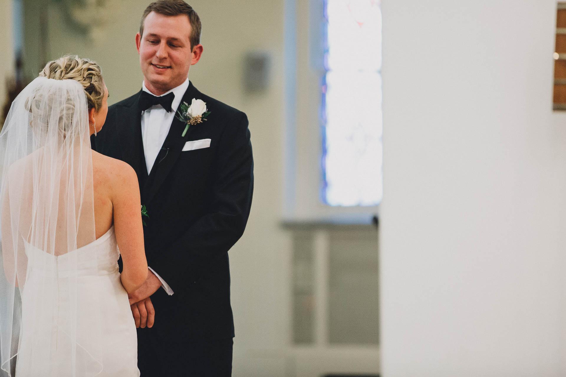 EC-Modern-Cincinnati-Wedding-095@2x.jpg