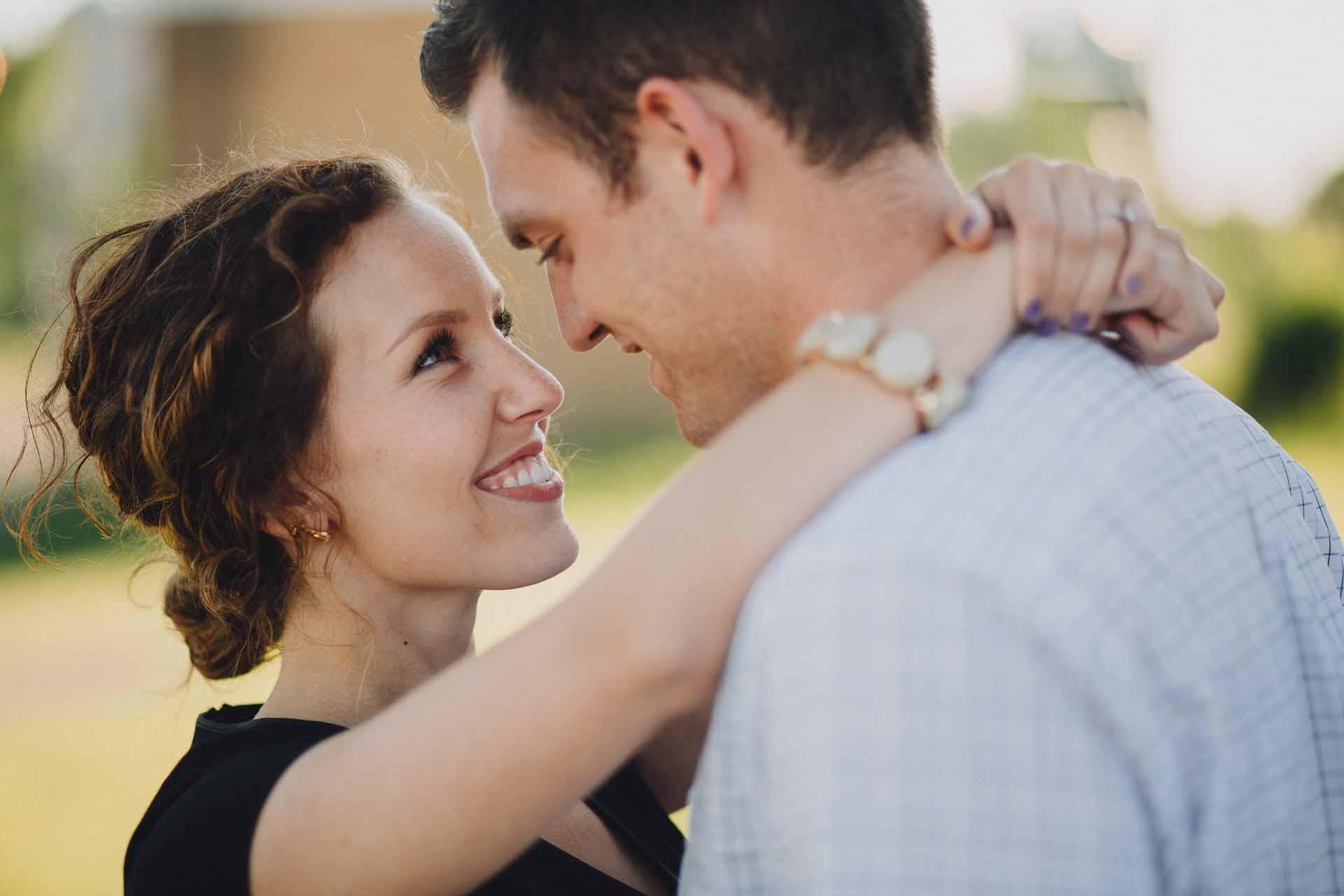 Emily-Dan-Dayton-Engagement-010@2x.jpg